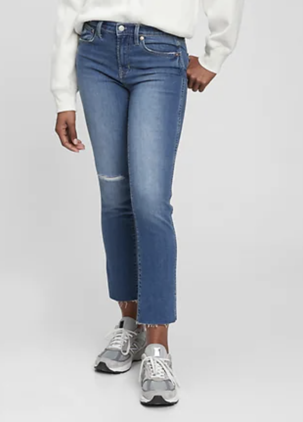 Mid Rise Distressed Vintage Slim Jeans with Washwell