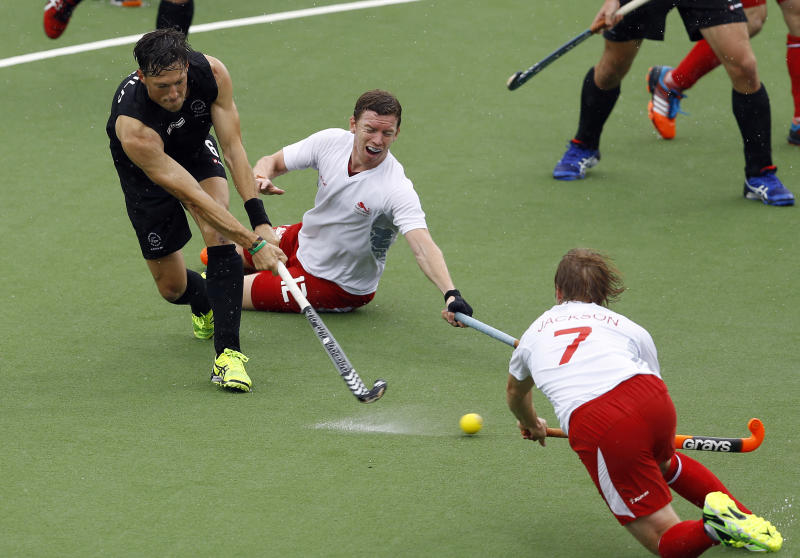 England wins gold medal race at Commonwealth Games
