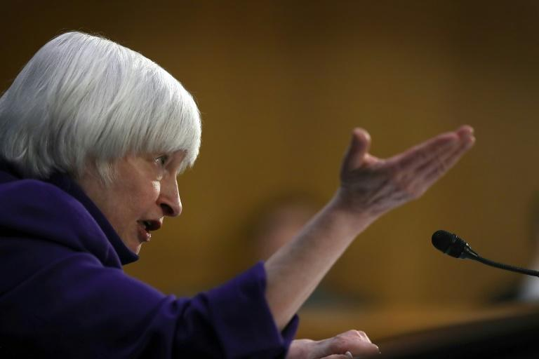 Dollar advances as Fed widely expected to raise rates