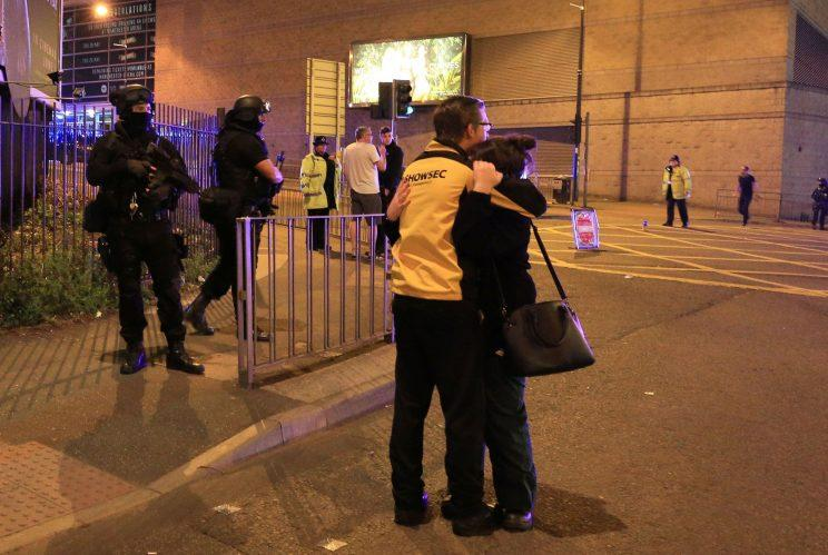 Manchester bombing: Campaigning suspended in UK national election