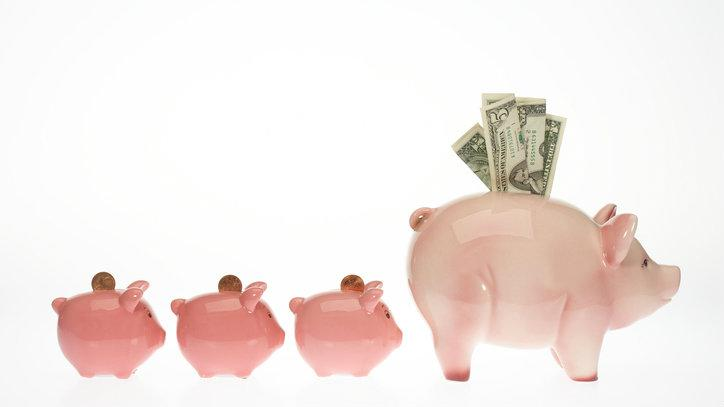 dividends income piggy bank