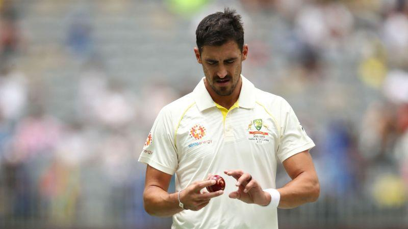 Mitchell Starc hasn't looked as incompetent as he was since the ball-tampering incident