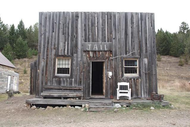 <p>If you'd prefer more luxurious accommodations, this renovated cabin jail from the 1880s in Anaconda, Mont. is available for $208 a night. </p>