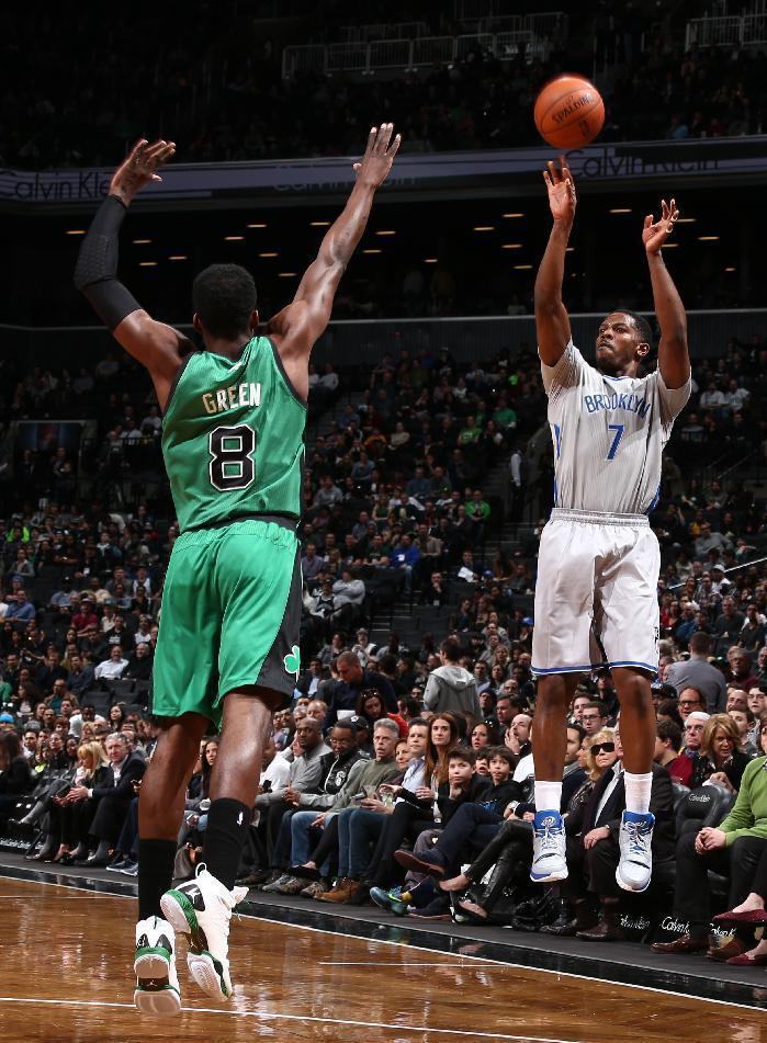 Johnson leads Nets to 114-98 win over Celtics
