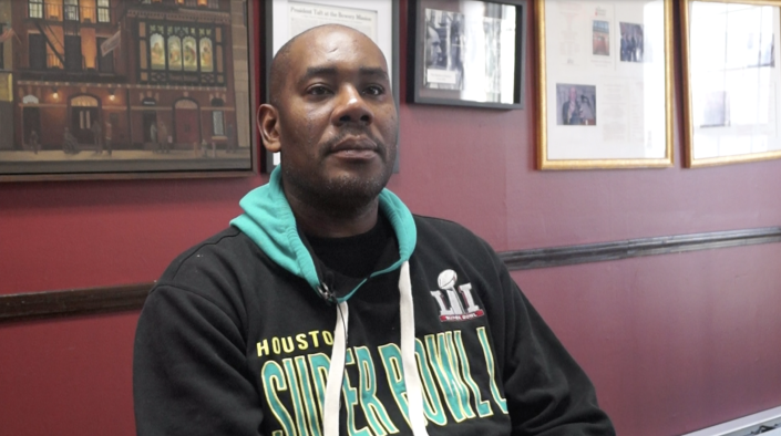 """<span class=""""s1"""">William Barfield, 45, who was raised in Newark, N.J., got involved in the Bowery Mission's recovery program around Thanksgiving after learning about it from an outpatient clinic, where he's fighting addiction to opioids and cocaine. Barfield first moved to New York as part of Ready, Willing & Able, a work program that helps men transition into mainstream society after homelessness. (Photo: Michael Walsh/Yahoo News)</span>"""
