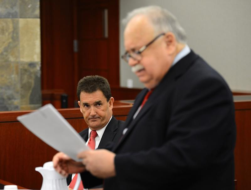 Former O.J. Simpson defense attorney Yale Galanter testifies as he is questioned by O.J. Simpson lawyer Tom Pitaro during an evidentiary hearing for Simpson in Clark County District Court on Friday, May 17, 2013 in Las Vegas. Simpson, who is currently serving a nine-to-33-year sentence in state prison as a result of his October 2008 conviction for armed robbery and kidnapping charges, is using a writ of habeas corpus to seek a new trial, claiming he had such bad representation that his conviction should be reversed. (AP Photo/Ethan Miller, Pool)