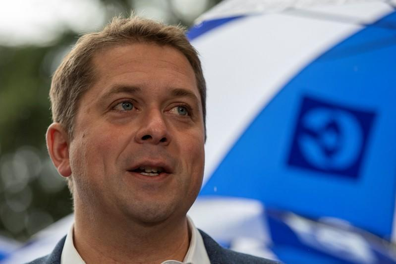 Leader of Canada's Conservatives campaigns in Vancouver