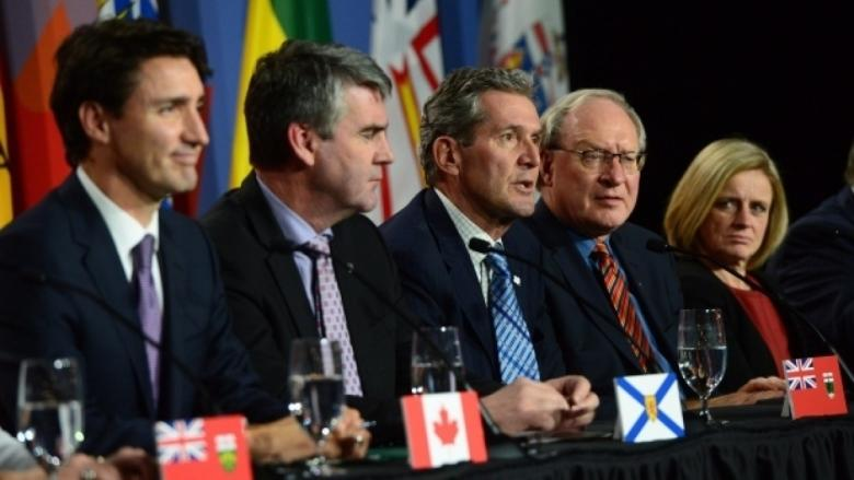 Pallister eyes scaling back refugee support as tiff with Ottawa festers