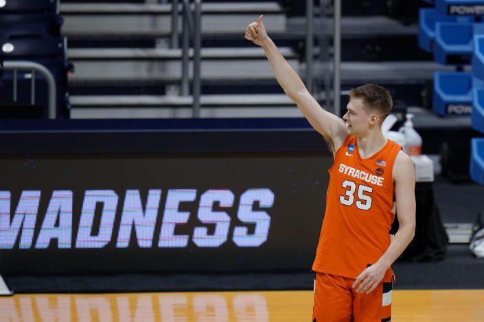 Syracuse guard Buddy Boeheim (35) gives a thumbs-up after Syracuse defeated San Diego State 78-62 in a college basketball game in the first round of the NCAA tournament at Hinkle Fieldhouse in Indianapolis, Friday, March 19, 2021. (AP Photo/AJ Mast)