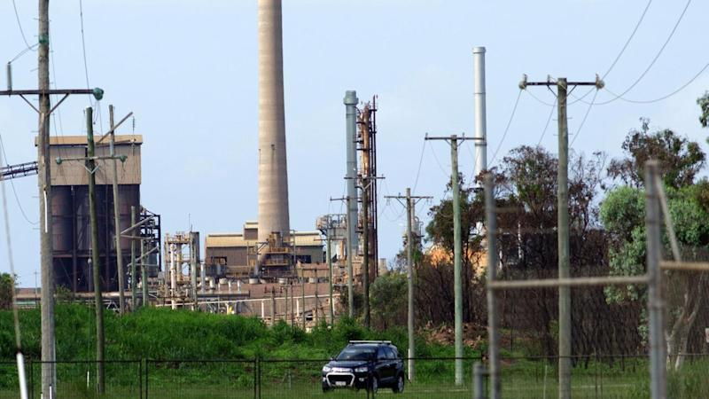 Deadline for Palmer's Townsville refinery
