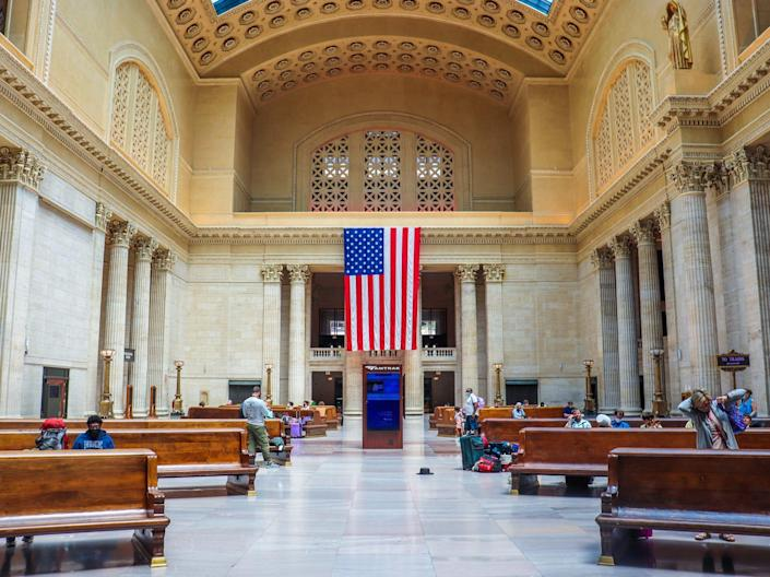 Inside the main hall of Chicago's Union Station