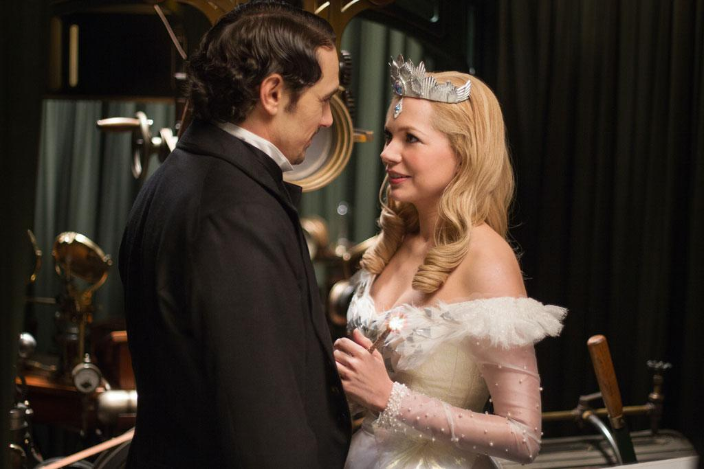 "James Franco and Michelle Williams in Walt Disney Pictures' ""Oz The Great and Powerful"" - 2013"