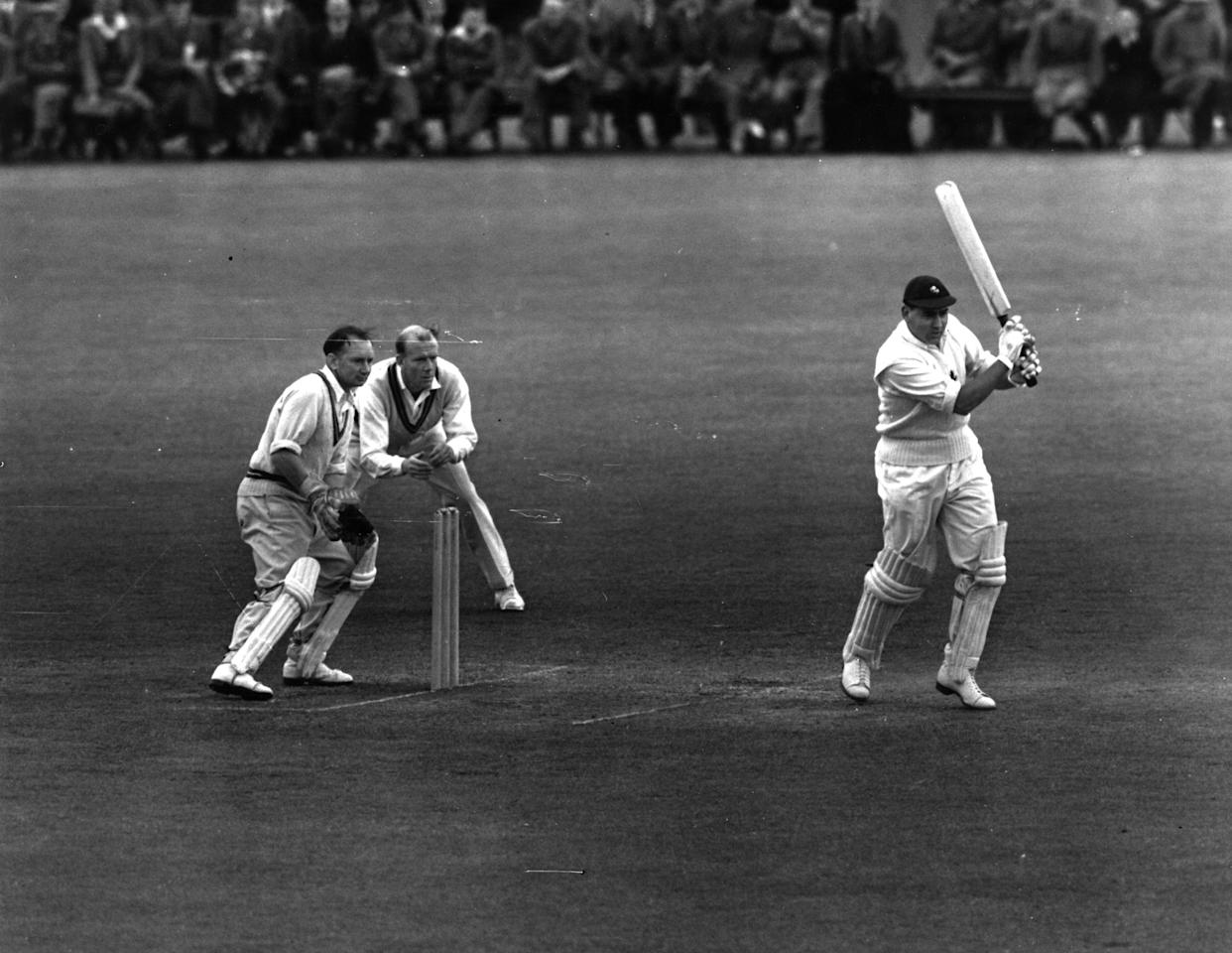 English cricketer Sir (Michael) Colin Cowdrey (1932 - 2000), captain of Kent, batting at Blackheath in a match against Surrey.    (Photo by Topical Press Agency/Getty Images)