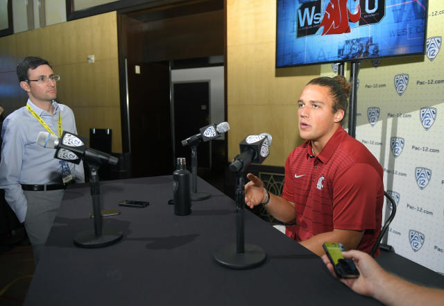 Washington State linebacker Peyton Pelluer has combined for 194 tackles over the last two seasons. (AP)