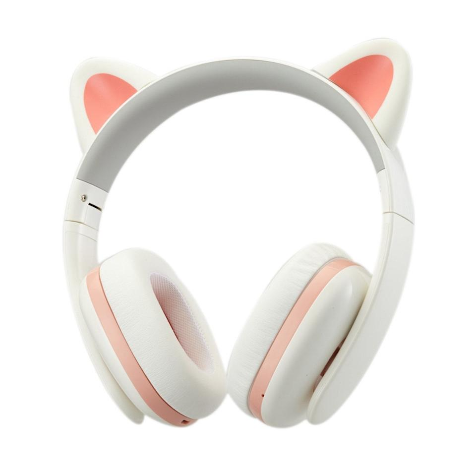 "<p>You can never go wrong gifting a pair of headphones, but these <a href=""https://www.popsugar.com/buy/Censi-Music-Creative-Cat-Noise-Canceling-Headphones-375118?p_name=Censi%20Music%20Creative%20Cat%20Noise%20Canceling%20Headphones&retailer=amazon.com&pid=375118&price=66&evar1=moms%3Aus&evar9=26171461&evar98=https%3A%2F%2Fwww.popsugar.com%2Ffamily%2Fphoto-gallery%2F26171461%2Fimage%2F46818322%2FFor-9-Year-Olds-Censi-Music-Creative-Cat-Noise-Canceling-Headphones&list1=gifts%2Ctoys%2Cstocking%20stuffers%2Cgift%20guide%2Cgifts%20for%20kids%2Ckid%20shopping%2Cgifts%20for%20babies%2Cgifts%20for%20toddlers&prop13=mobile&pdata=1"" rel=""nofollow"" data-shoppable-link=""1"" target=""_blank"" class=""ga-track"" data-ga-category=""Related"" data-ga-label=""https://www.amazon.com/Censi-Headphone-Creative-Canceling-Smartphones/dp/B01EX491R6/ref=ice_ac_b_dpb?s=wireless&amp;ie=UTF8&amp;qid=1540248346&amp;sr=1-3&amp;keywords=censi+music+creative+cat+noise+cancelling+headphones"" data-ga-action=""In-Line Links"">Censi Music Creative Cat Noise Canceling Headphones</a> ($66) are extraspecial since they double as an adorable accessory.</p>"