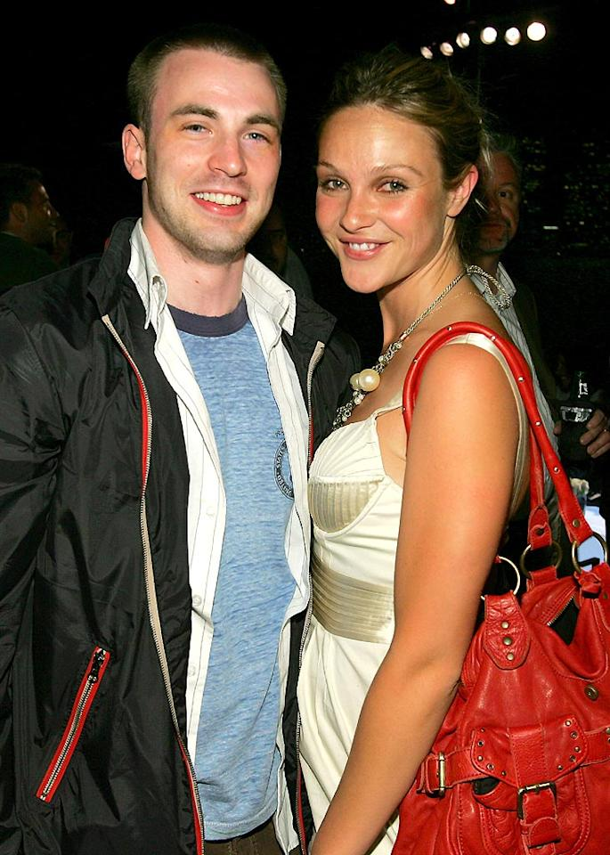 "Chris Evans and Beau Garrett. John Shearer/<a href=""http://www.wireimage.com"" target=""new"">WireImage.com</a> - May 31, 2007"