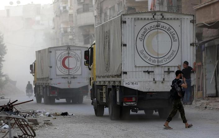 Aid to Aleppo's rebel-held east remains blocked despite delivery of supplies being a key component of the recent truce (AFP Photo/Amer Almohibany )
