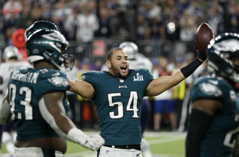 Philadelphia Eagles linebacker Kamu Grugier-Hill had some pointed words about the Cowboys. (AP)