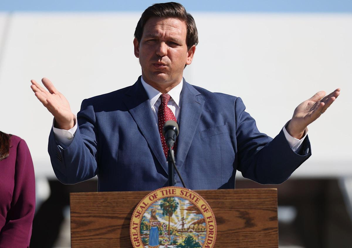 Florida Official Calls On FBI To Investigate 'Red Carpet' Vaccines For State's GOP Donors