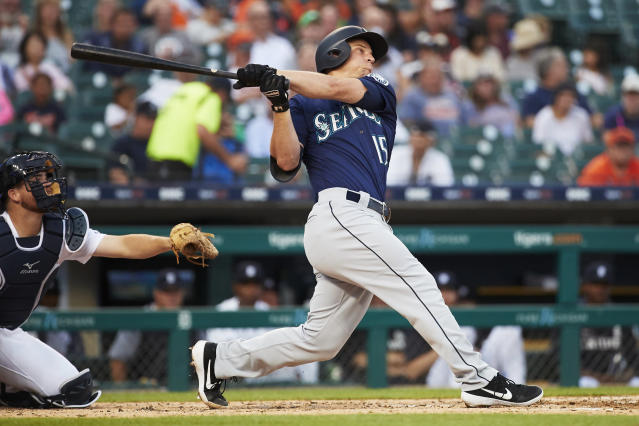 Kyle Seager's third home run couldn't have happened without a little help from the Tigers' outfield. (Getty)