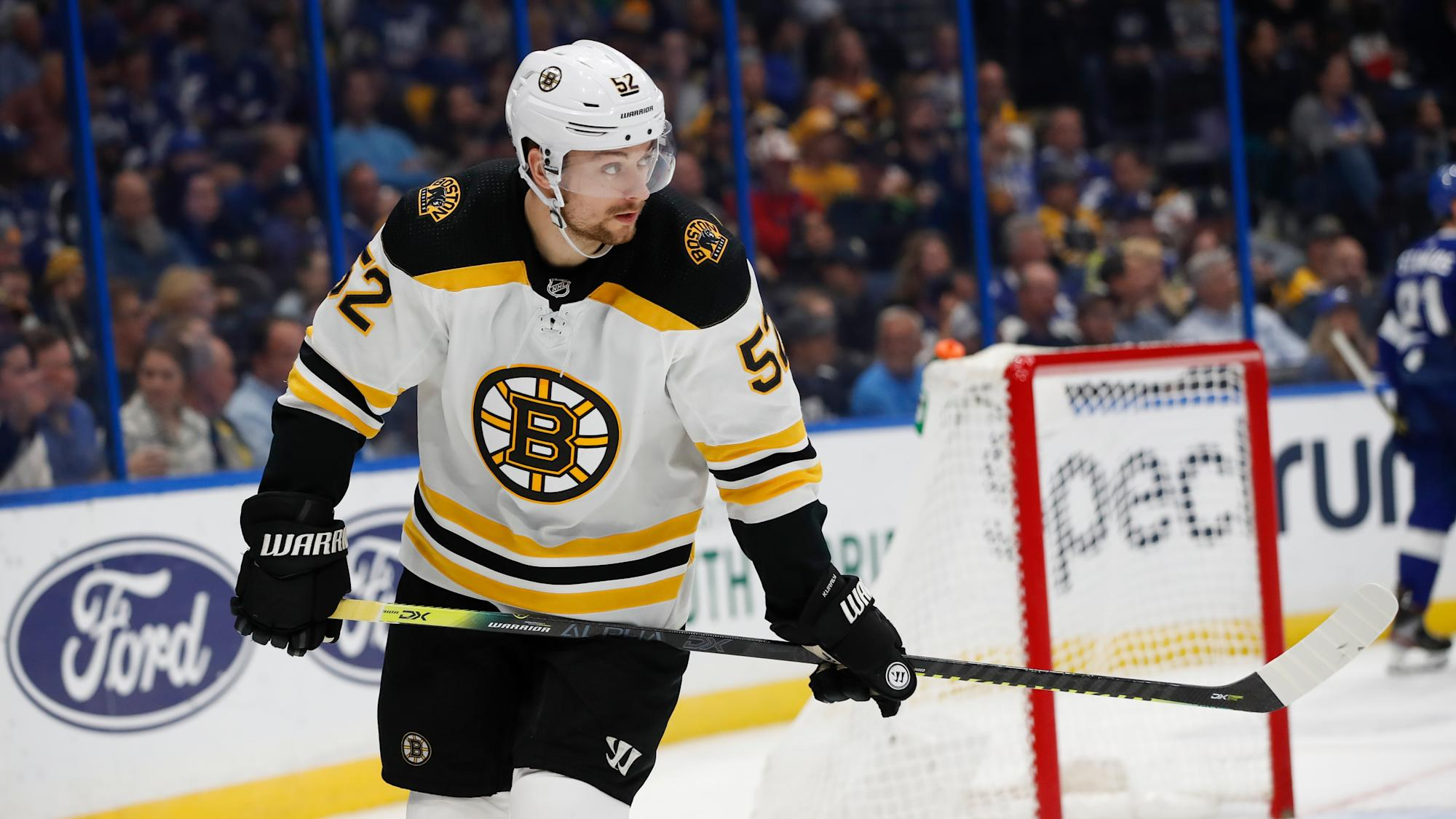 Boston Bruins Sean Kuraly Gives Hilarious Answer To Question About Shots On Net