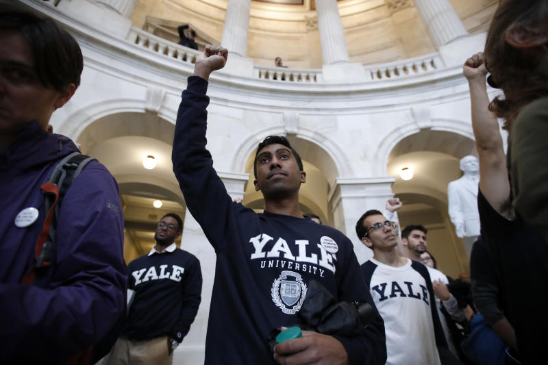 Yale Law Professors Cancel 31 Classes So Students Can Protest Kavanaugh