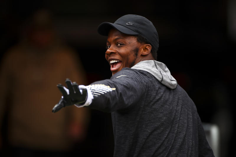 Teddy Bridgewater stood to benefit from shredding the defense in practice. Instead, he helped them understand what was coming. (Photo by Will Vragovic/Getty Images)