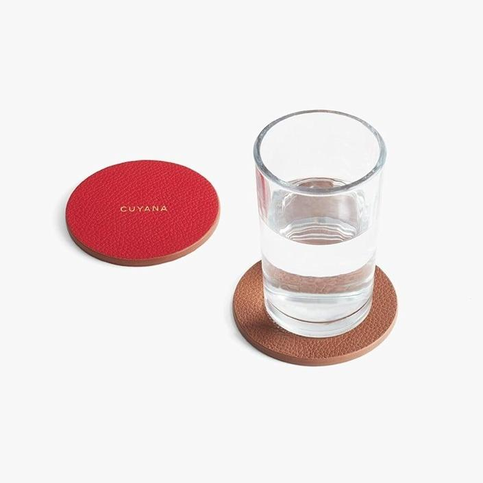 <p>You can customize these <span>Cuyana Leather Coasters</span> ($45).</p>