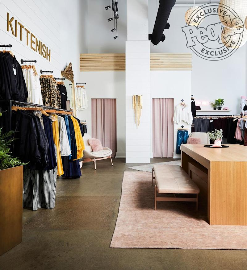 Stores Like Joss And Main: Jessie James Decker Opens First Kittenish Store In