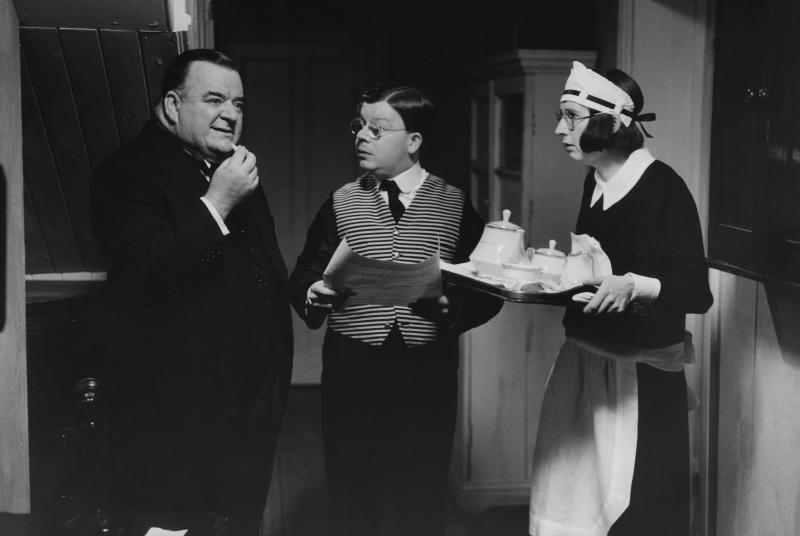 Actors (L-R) Paul Shane, Perry Benson and Su Pollard in a scene from episode 'Beg, Borrow or Steal' of the television sitcom 'You Rang, M'Lord?', November 17th 1989. (Photo by Don Smith/Radio Times/Getty Images)