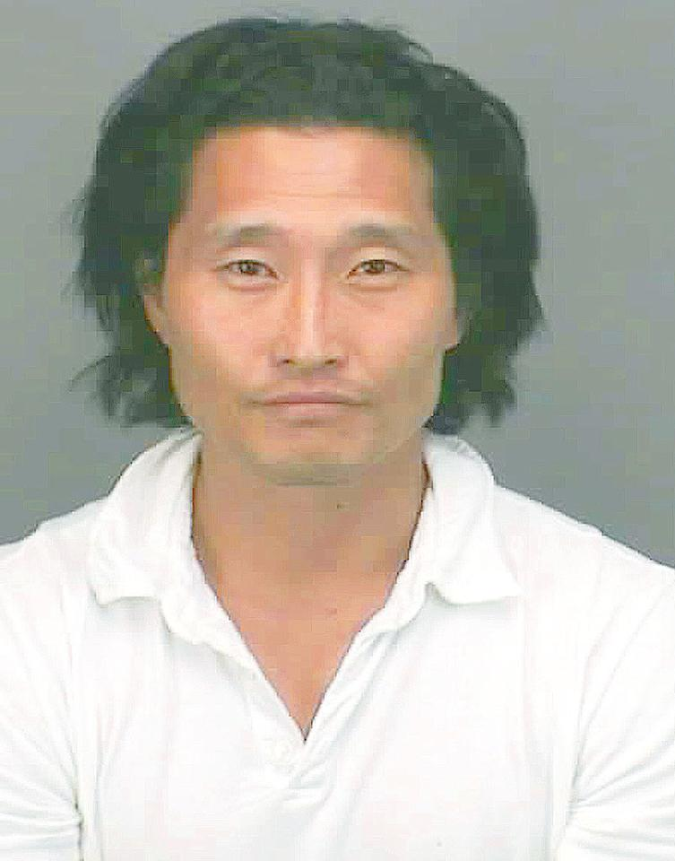 """Daniel Dae Kim was arrested on October 25, 2007 on drunk driving charges. Kim is the fourth """"Lost"""" star to be arrested for DUI, the others being Michelle Rodriguez, Cynthia Watros, and Adewale Akinnuoye-Agbaje. <a href=""""http://www.splashnewsonline.com"""" target=""""new"""">Splash News</a> - October 25, 2007"""
