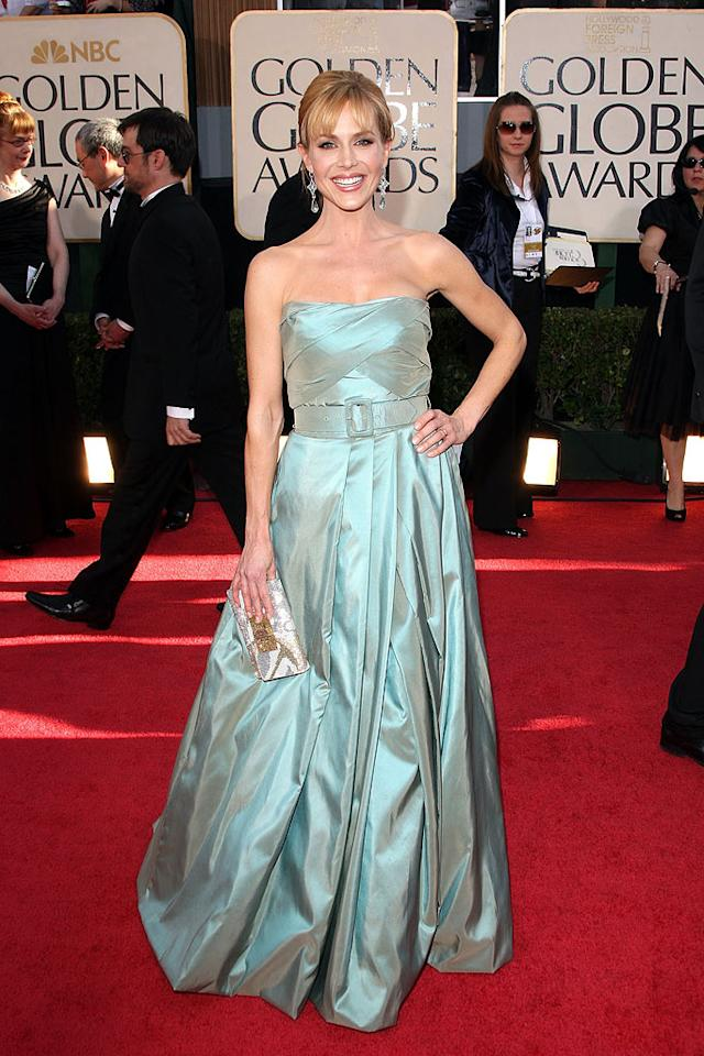 "Julie Benz (""Dexter"") struck a pose in a strapless slate-colored dress. Jason Merritt/<a href=""http://www.gettyimages.com/"" target=""new"">GettyImages.com</a> - January 11, 2009"
