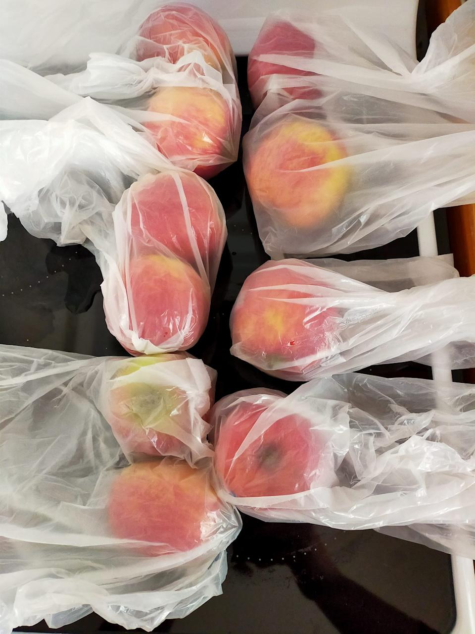 Ten apples delivered in six bags by Coles, angering one of its customers.