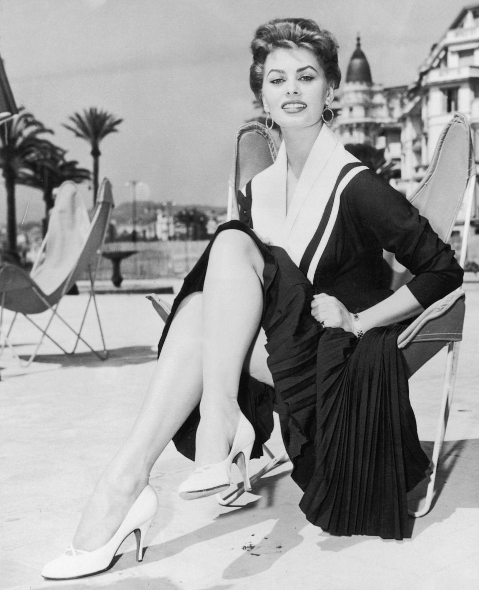 <p>Actress Sophia Loren shows there's no limit to what you can do with a LBD, thanks to this pleated and nautical design that she wore in Cannes. </p>