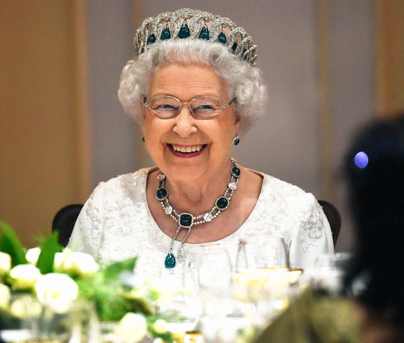 What It's   Really Like to Have Dinner with Queen Elizabeth — and Her Unexpected Lipstick Move!