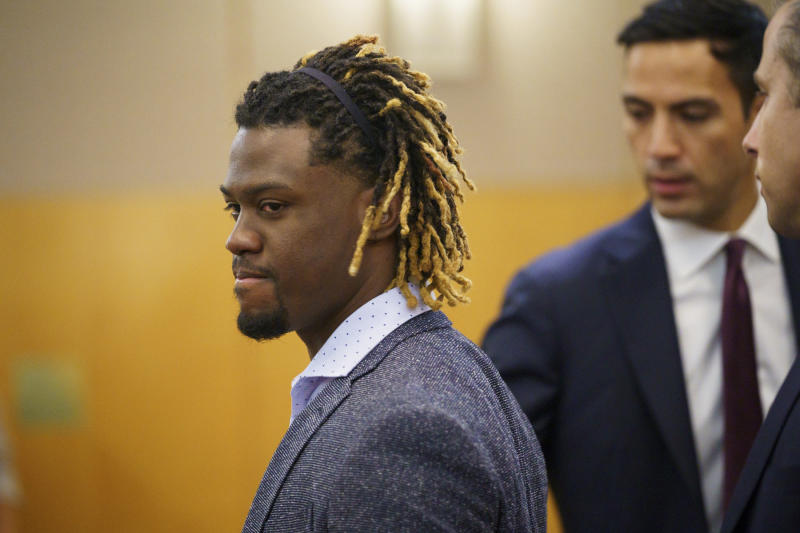Charges dropped in Odubel Herrera's domestic-violence case, putting pressure on Major League Baseball