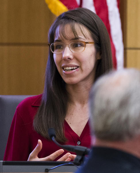 Jodi Arias answers written questions from the jury during her murder trial, Thursday, March 7, 2013 in Maricopa County Superior Court in Phoenix. Arias is on trial for the 2008 murder of Travis Alexander. (AP Photo/The Arizona Republic, Tom Tingle, Pool)