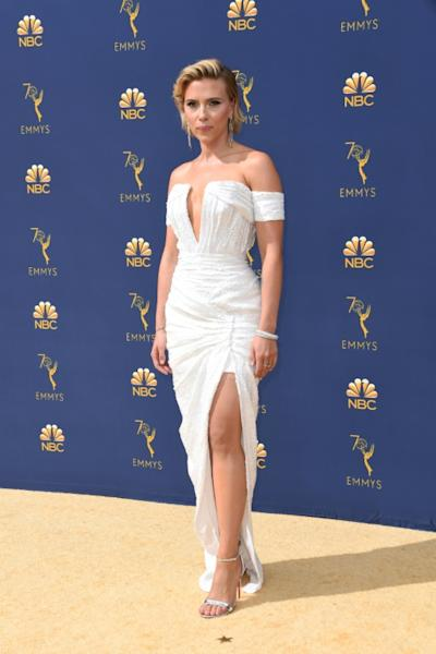 Scarlett Johansson oozed sex appeal in a white-hot white gown at the Emmys on the arm of her boyfriend, host Colin Jost
