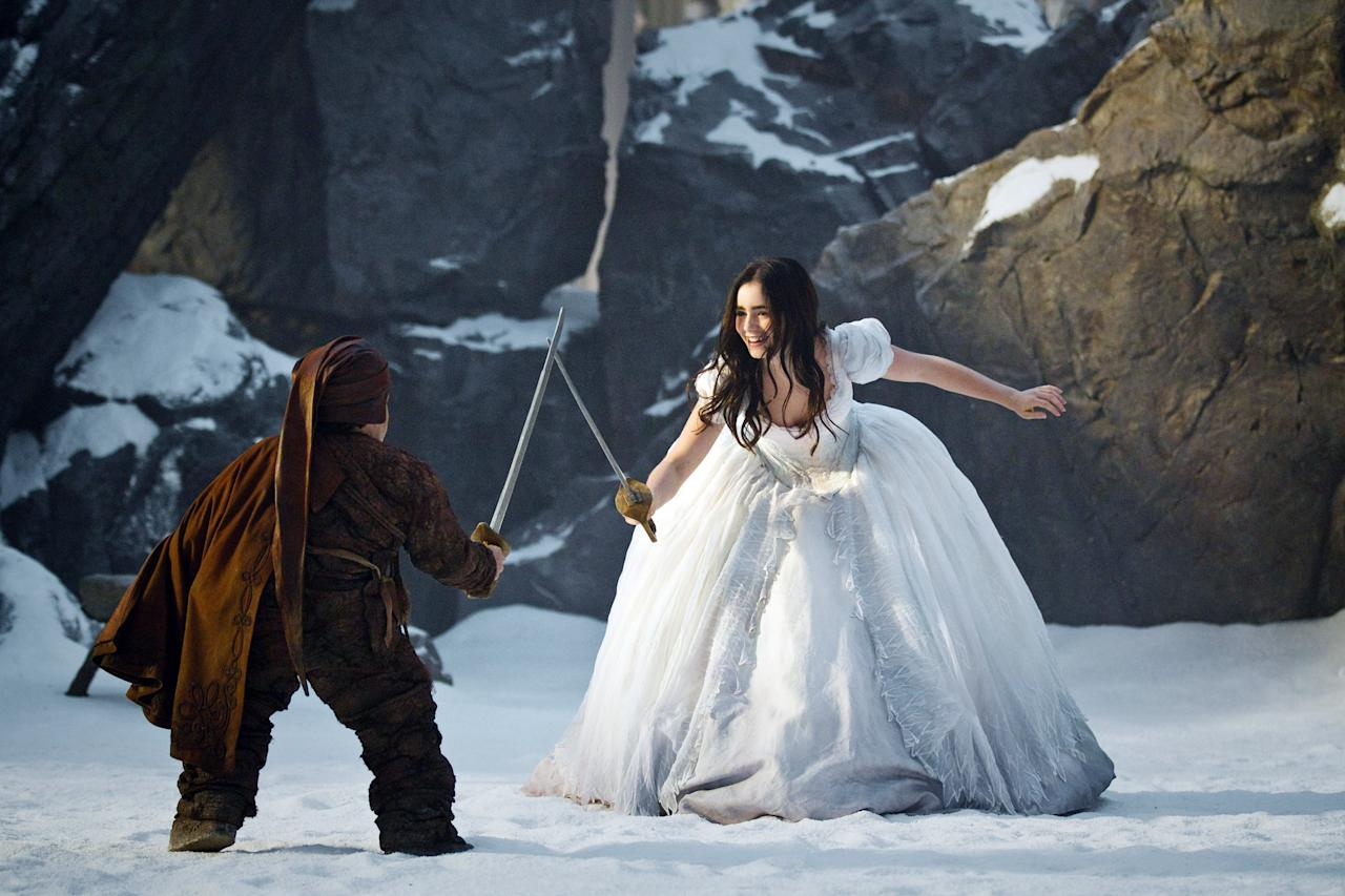 MIRROR MIRROR, (aka THE BROTHERS GRIMM: SNOW WHITE), Lily Collins (right), 2012.