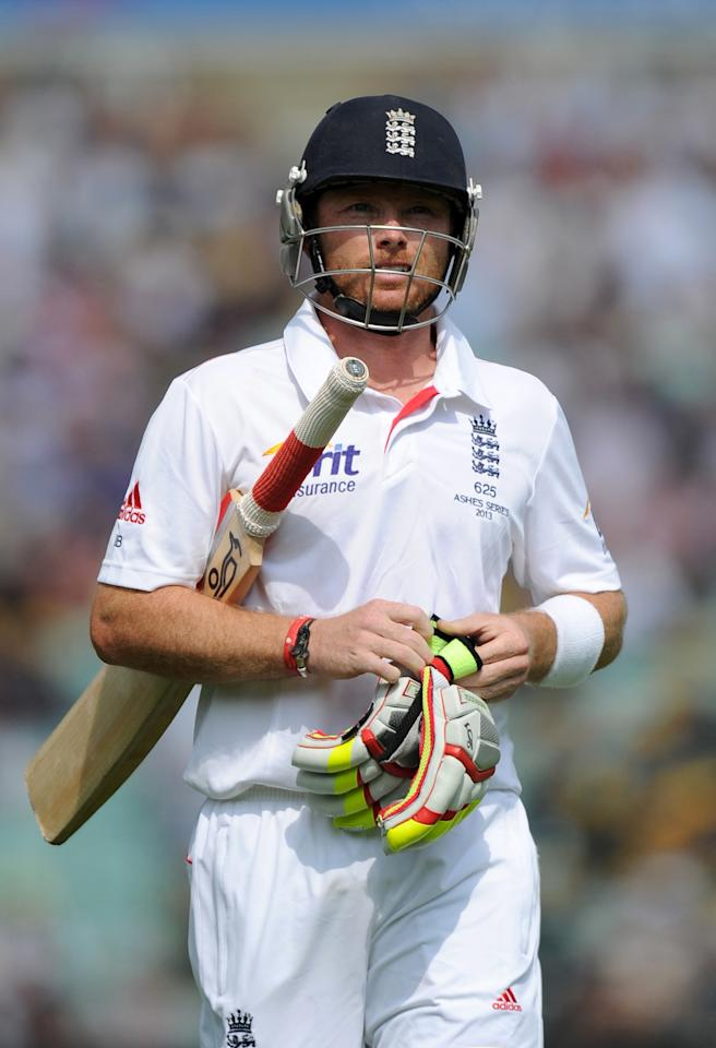 England's Ian Bell leaves the field after losing his wicket during day five of the Fifth Investec Ashes Test match at The Kia Oval, London.