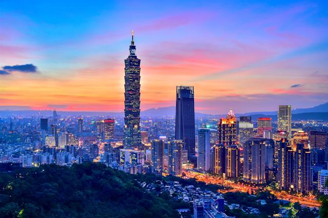 The Elephant Mountain hiking trail is the closest viewpoint to the iconic Taipei 101 building. Photo: Getty