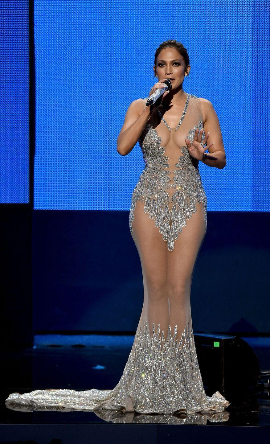 <p>Presenting at the American Music Awards</p>