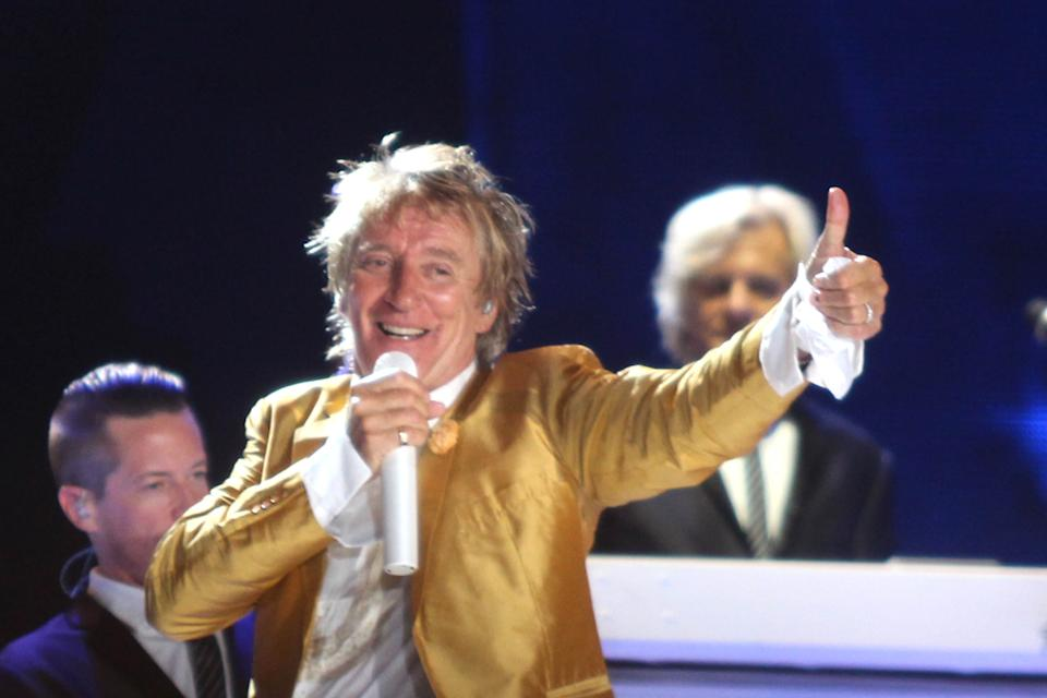Rod Stewart performs a concert live on stage during Rock in Rio 2015 held in Rio de Janeiro, Brazil on September 21, 2015. (Photo by Antonio Cicero / Fotoarena) *** Please Use Credit from Credit Field ***
