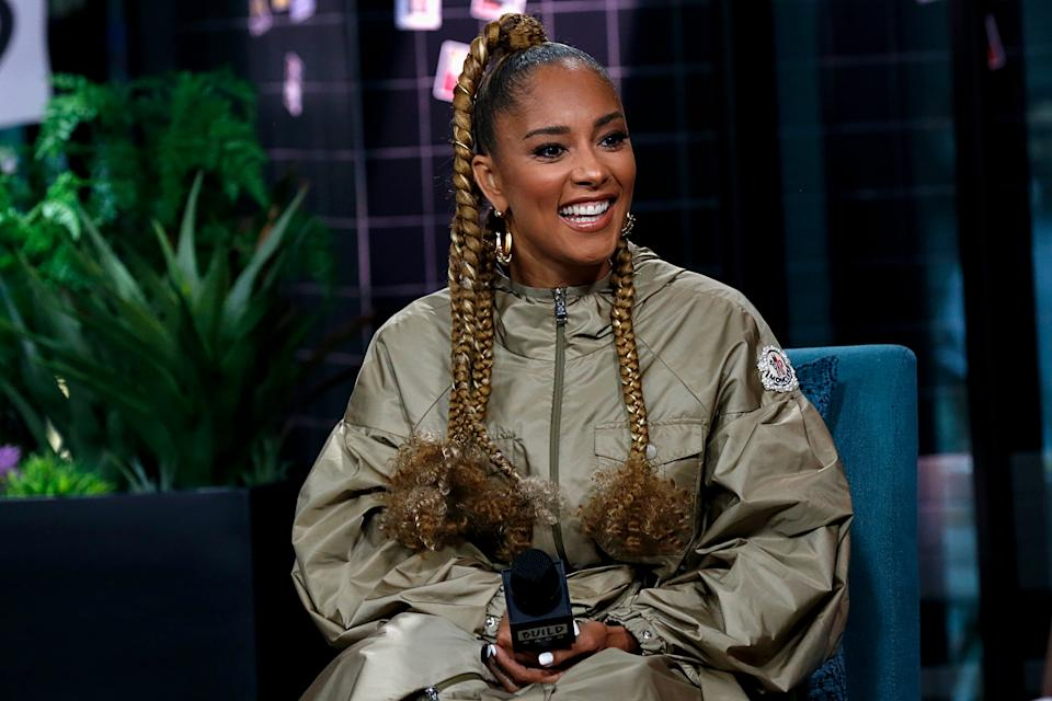 NEW YORK, NEW YORK - OCTOBER 03: Amanda Seales attends the Build Series to discuss 'Small Doses' at Build Studio on October 03, 2019 in New York City. (Photo by Dominik Bindl/Getty Images)