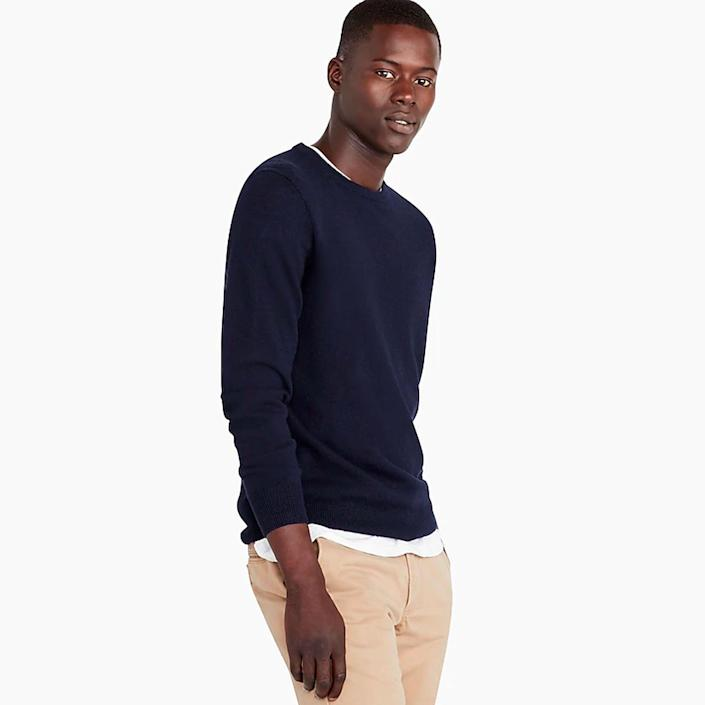 """<p><strong>J.Crew</strong></p><p>jcrew.com</p><p><strong>$118.00</strong></p><p><a href=""""https://go.redirectingat.com?id=74968X1596630&url=https%3A%2F%2Fwww.jcrew.com%2Fp%2FJ6384&sref=https%3A%2F%2Fwww.menshealth.com%2Fstyle%2Fg35280760%2Fbest-mens-clothing-brands%2F"""" rel=""""nofollow noopener"""" target=""""_blank"""" data-ylk=""""slk:BUY IT HERE"""" class=""""link rapid-noclick-resp"""">BUY IT HERE</a></p><p>While J.Crew has a preppy connotation, one would be remiss to write them off as just that. In the past 5 years, they have managed to strike an impressive balance that blends modern casual shapes with a polished ruggedness that provides men with some of the best staple pieces in the game. From the perfect <a href=""""https://go.redirectingat.com?id=74968X1596630&url=https%3A%2F%2Fwww.jcrew.com%2Fp%2Fmens_category%2Fshirts%2Fclassicfitshirts%2Fstretch-secret-wash-shirt-in-heathered-organic-cotton%2FAA264%3Fcolor_name%3Dfaded-olive-heather&sref=https%3A%2F%2Fwww.menshealth.com%2Fstyle%2Fg35280760%2Fbest-mens-clothing-brands%2F"""" rel=""""nofollow noopener"""" target=""""_blank"""" data-ylk=""""slk:button-up shirt"""" class=""""link rapid-noclick-resp"""">button-up shirt</a> styles (make sure to clock their styling game, too) to some seriously good takes on modern <a href=""""https://go.redirectingat.com?id=74968X1596630&url=https%3A%2F%2Fwww.jcrew.com%2Fp%2Fmens_category%2Fsuits_tuxedos%2Fludlowpremiumsuit%2Fludlow-slimfit-suit-jacket-with-double-vent-in-italian-wool%2F28130&sref=https%3A%2F%2Fwww.menshealth.com%2Fstyle%2Fg35280760%2Fbest-mens-clothing-brands%2F"""" rel=""""nofollow noopener"""" target=""""_blank"""" data-ylk=""""slk:suiting"""" class=""""link rapid-noclick-resp"""">suiting</a>, the mass-retailer is chock full of impressive clothes that won't break the bank.</p>"""