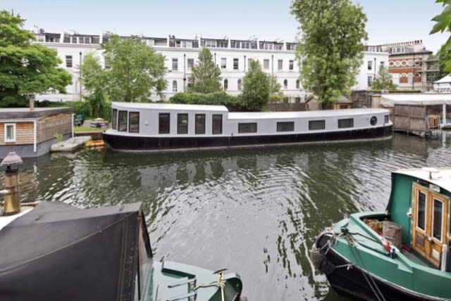 Sir Richard Branson's Thames houseboat rents for £900 a week