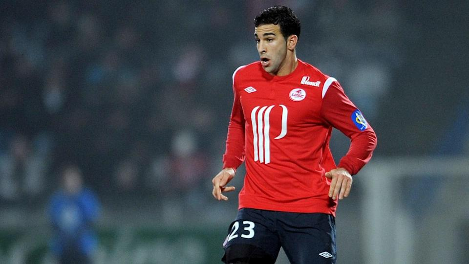 Lille's french defender Adil Rami contro | DENIS CHARLET/Getty Images