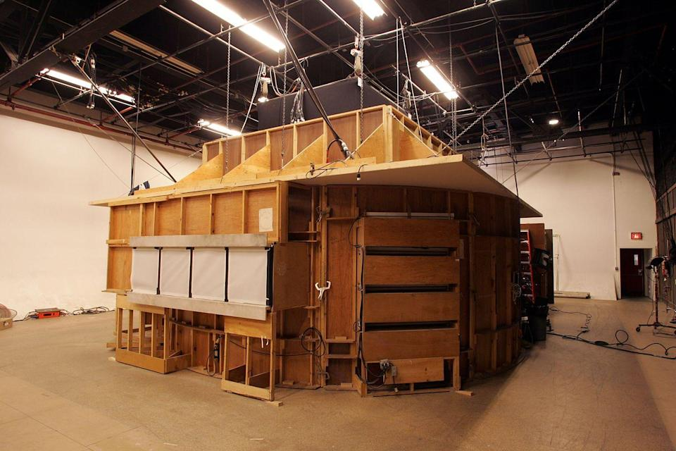 <p>Outside of Melfi's office, there's no parking lots or sidewalks—just the sound stage at Silvercup Studios in Queens, New York. </p>