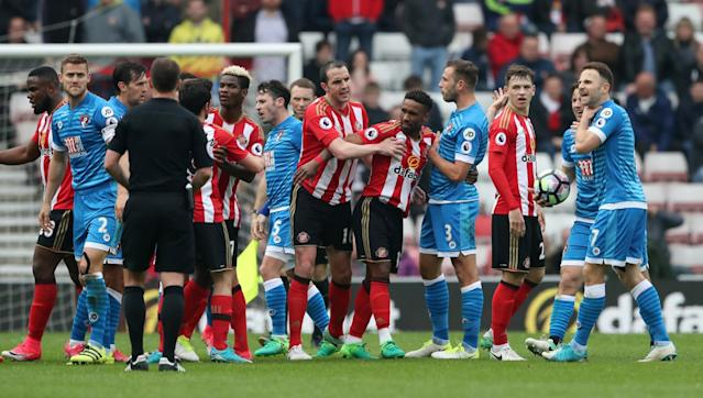 <p>Sunderland and Bournemouth players clash </p>