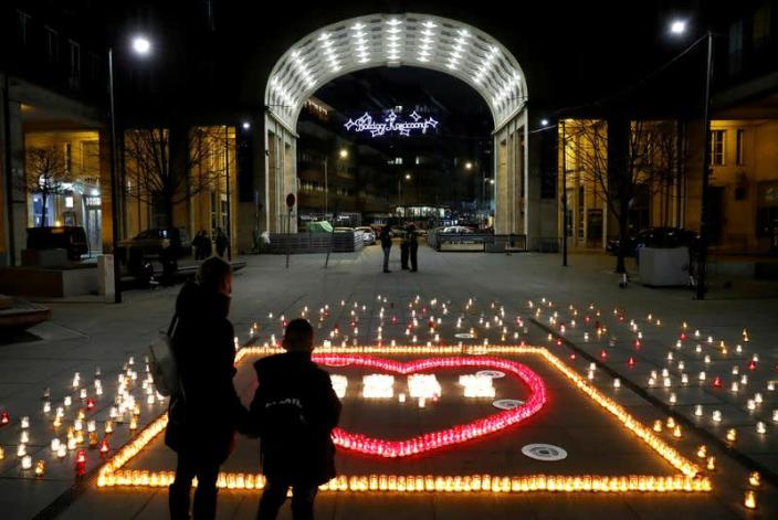 FILE PHOTO: Candles are lit in memory of Hungary's coronavirus disease (COVID-19) victims in Budapest